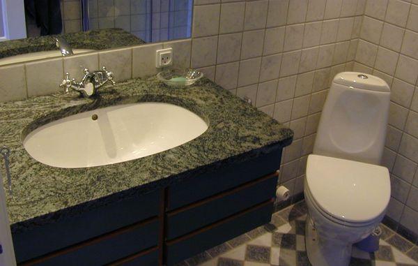Tjek dit badeværelse for fugtproblemer