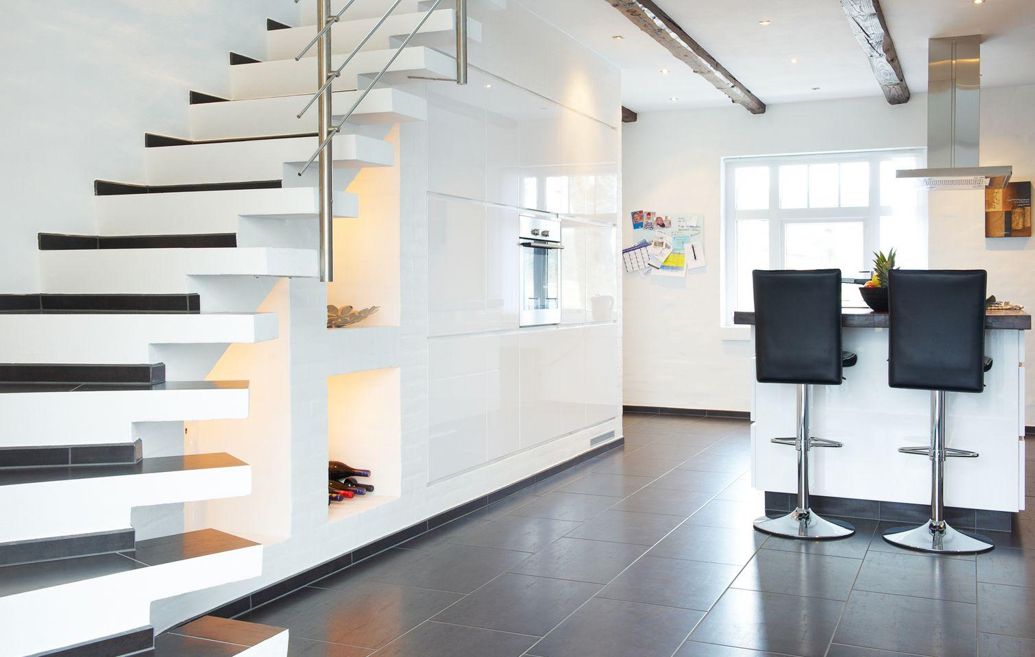 Fantastisk Hjemmelavet trappe med indbygget gulvvarme OO52