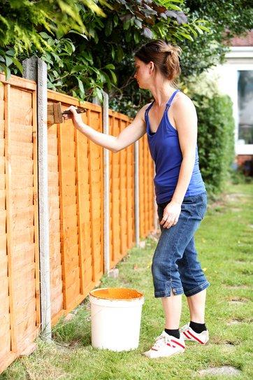 Plankeværk og faste hegn