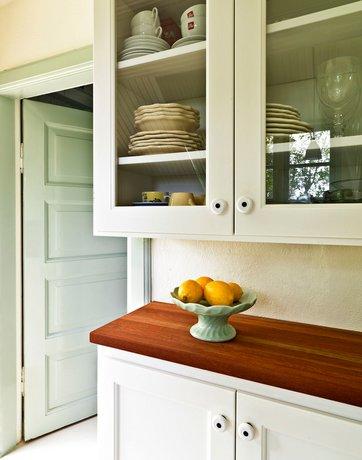Sådan får du plads i det lille køkken