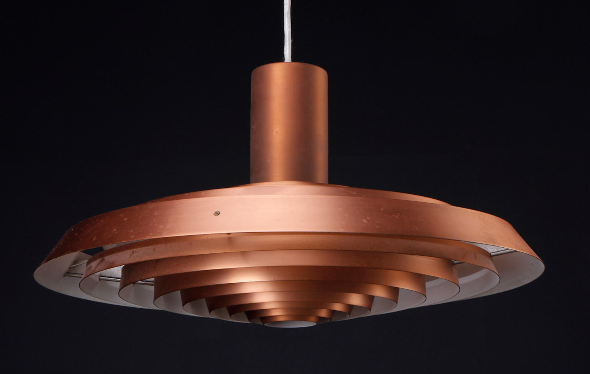 ph lampe lysebla beste design inspirasjon for hjemmerom arrangement. Black Bedroom Furniture Sets. Home Design Ideas