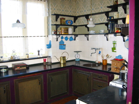 Køkken ud, før kirsten og mads renoverede det. foto: lotte raabo